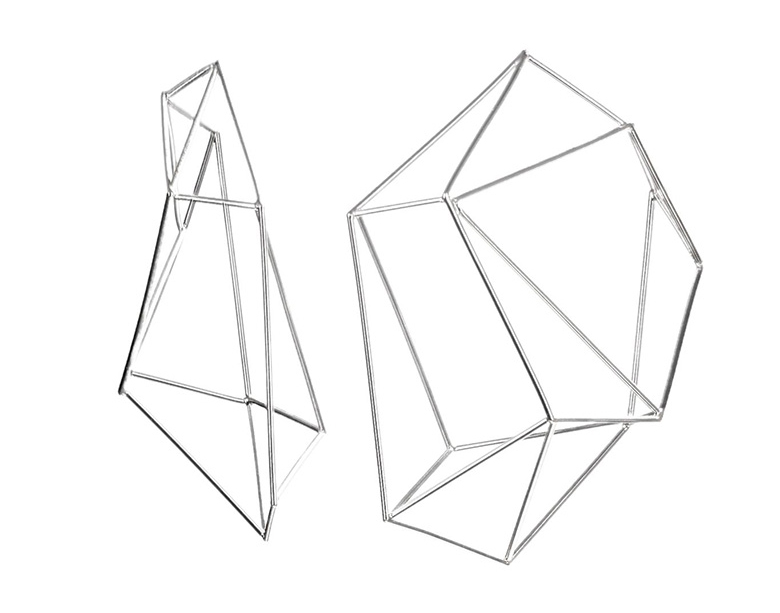 geometric earrings use